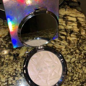 Becca Shimmering Skin Perfecting Powder